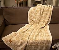 - Veľká pletená deka