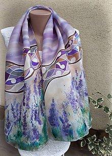Šály - Zaodetá levanduľou-hodvábny maľovaný šál - 10218734_