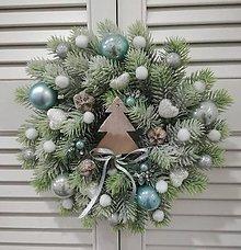 Dekorácie - Vianočný veniec na dvere - 10219414_