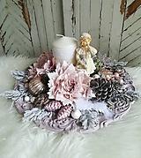 Dekorácie - Vianočná vintage dekorácia s dievčatkom - 10221716_