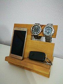 Pomôcky - Stojan na telefon a hodinky - 10222556_