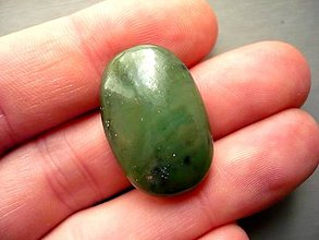 Minerály - Kabošon - jadeit 27 mm, č.2f - 10221577_