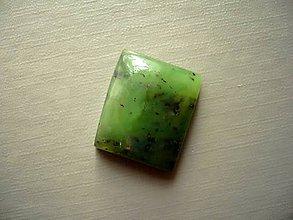 Minerály - Kabošon - jadeit 20 mm, č.4f - 10221629_