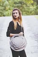 Veľké tašky - Taška s kruhovými výrezmi v červenej - 10225197_
