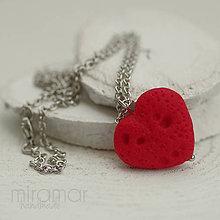 Náhrdelníky - náhrdelník - červené srdiečko - láva - 10226463_