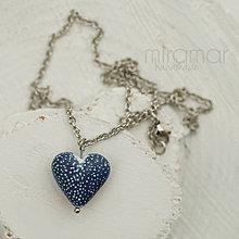 Náhrdelníky - náhrdelník - tmavomodré srdiečko - biele bodky - 10226564_