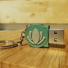 Kľúčenky - USB s joga motívmi - 10226993_