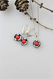 Sady šperkov - červený koral,hematit náušnice s príveskom - 10223823_