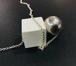 Náhrdelníky - Betónový prívesok - Cube point white - na Ag retiazke - 10225779_