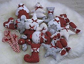 Dekorácie - Vianočná sada na stromček...šedo červená - 10224317_