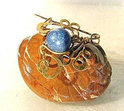 Odznaky/Brošne - Brošňa vytepaná z bronzu a Koral modrý - 10224041_
