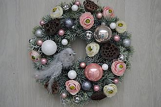 Dekorácie - Vianočný veniec Ružovo-sivý - 10226724_