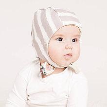 Detské čiapky - Obojstranná zateplená čiapka z bio bavlny GOTS - sivý pásik - 10227147_