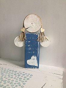 Dekorácie - Anjelik z dreva - 24 cm (Modrá) - 10226647_