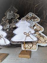 Dekorácie - Vianočný stromček s podstavčekom - 10230484_