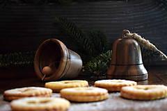 Dekorácie - Vianočný zvonček z orechového dreva - 10228442_