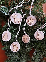Dekorácie - natur drevené ozdoby na vianočný stromček sada 6 kusov - 10228723_