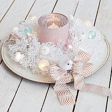 Dekorácie - Vianočný svietnik so svetielkami - 10231199_