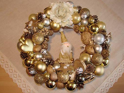 ecddc44b0 Zlatý vianočný veniec / Puppo - SAShE.sk - Handmade Dekorácie