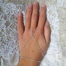 Náramky - Hand chain 17 - 10231117_