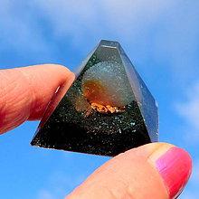 Dekorácie - Pyramida * A 3 * Chalcedon čistá Energie ochrany - 10232272_