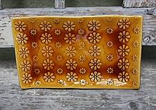 svietnik kvetinkový medový