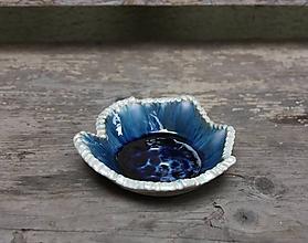 Svietidlá a sviečky - svietnik modrý s perleťou - 10233707_