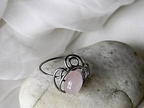 Prstene - Spona k hedvábným šátkům a šálám - 10234276_