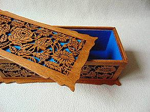 Krabičky - Drevená šperkovnica V záhradách - 10233343_