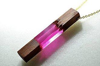 Náhrdelníky - Drevený náhrdelník bordový - 10234849_