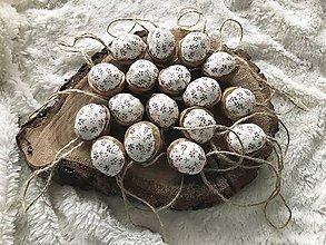 Dekorácie - Vianočný oriešok v škrupinke - 10234425_