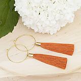 Náušnice - Zlaté kruhové náušnice s oranžovým strapčekom - 10233964_