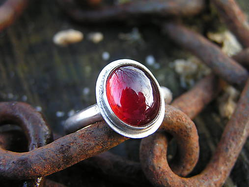 Strieborny prsteň Ag925 Granát