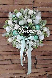 Dekorácie - Vianočný veniec na dvere - 10233045_