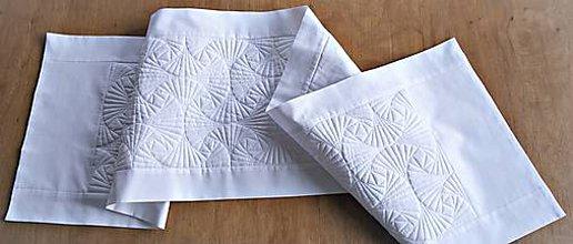 Úžitkový textil - Biely stredový obrus IV - 10238219_