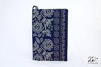 Papiernictvo - Modrý obal s folklórnou bordúrou (Tmavomodrý) - 10237062_