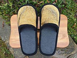 Obuv - Šedé papuče so zlatým vrchom - 10237569_