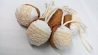 Dekorácie - Oriešky biele s krajkou - 10238074_