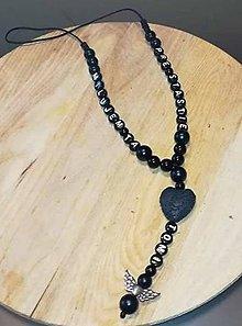 Iné šperky - Prívesok alebo amulet do auta  na želanie s textom menom alebo dátumom aj farebne podla vašeho priania - 10241582_