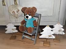 Dekorácie - Vianočný stromček s podstavčekom - 10240725_