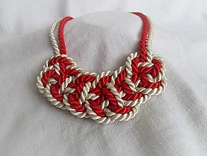 Náhrdelníky - Červeno-krémový uzlový náhrdelník - 10239712_