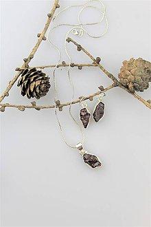 Sady šperkov - náušnice,prívesok granát - súprava v striebre - 10239060_