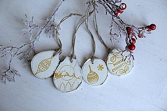 Dekorácie - Vianočné brezové ozdoby 6kusov - BIELO - ZLATÉ - 10240387_
