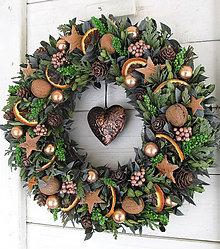 Dekorácie - Vianočný veniec prírodný - 10239718_