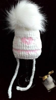 Detské čiapky - Čiapka s jemne ružovým srdiečkkom a veľkou bambulou - 10240050_