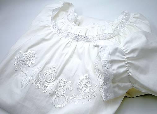 biela Búvajka s dlhým rukávom