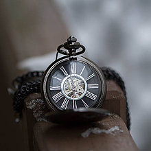 Doplnky - Mechanické vreckové hodinky s kroužkovanou reťazou (47) - 10242812_