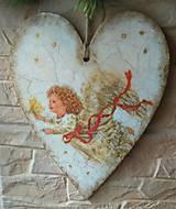 Dekorácie - Veľké drevené srdce - Anjel so sviečkou - 10243453_