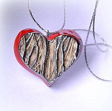 Náhrdelníky - Keramický šperk - Srdce - 10242190_