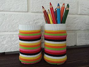 Nádoby - Pásikové recyklované svetríky - 10246574_